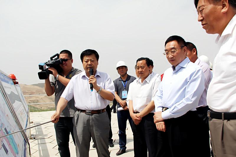 水利部部长陈雷视察由我局承建的中庄水库工程