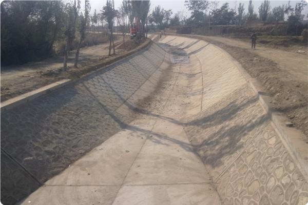 宁夏大型灌区续建配套与节水改造惠农渠滂渠砌护改造工程